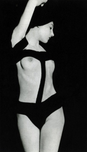 "Man Ray: ""Nude aux bandelettes"" 1929"